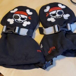 "Veyo Mittyz Pirates ""Skully""  Kids Mittens"
